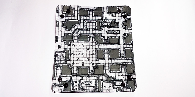 dicetray-dungeon-grey-outside
